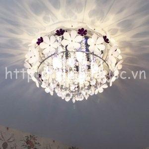 dtt012-2-den chum trang tri pha le sang tao canh hoa lang man