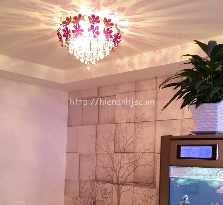 Đèn chùm trang trí pha lê sáng tạo cánh hoa lãng mạn