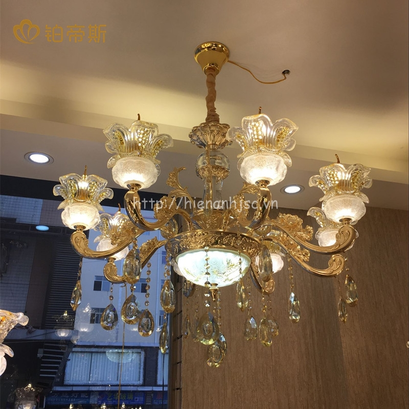 Đèn chùm pha lê trang trí phong cách Châu Âu DTT018
