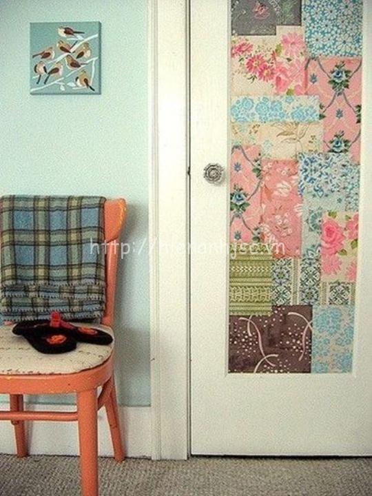 Giấy dán tường dán trang trí cửa phòng