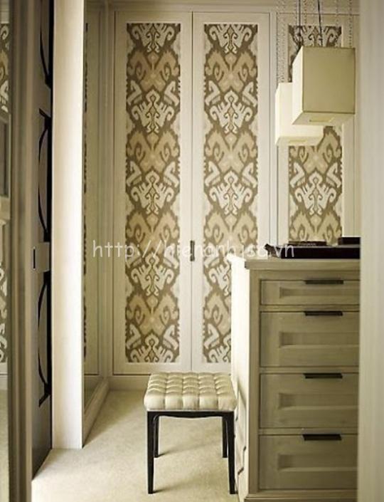 Giấy dán tường dán trang trí cửa