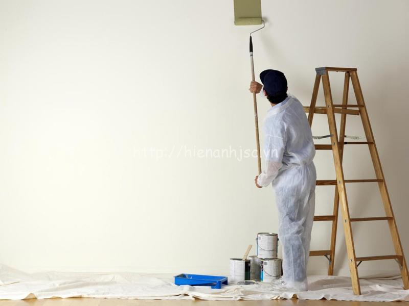 Tường trát vữa được sơn, sơn lót là bề mặt lý tưởng để dán tranh, giấy dán tường