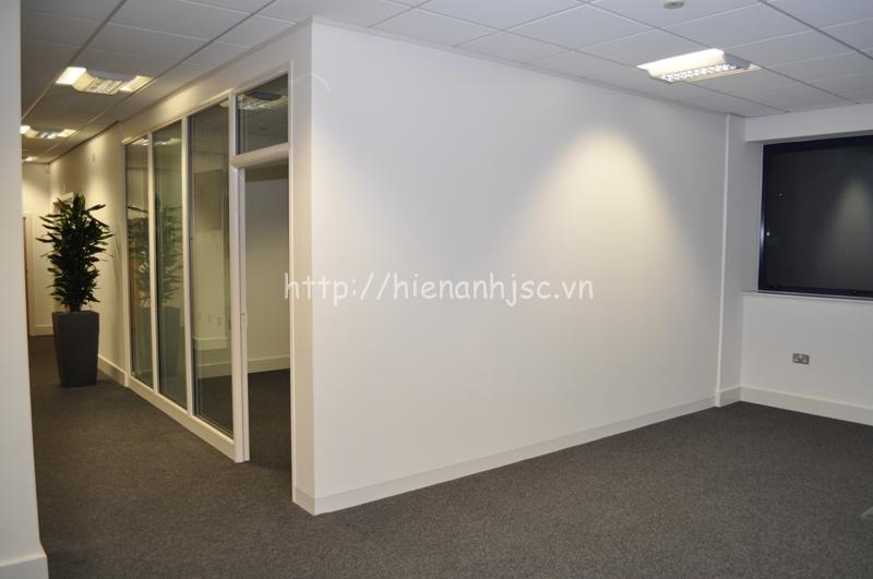 Tường thạch cao bằng phẳng liền mạch cũng rất lý tưởng để dán giấy