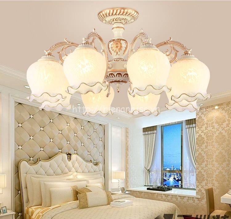 Đèn chùm ốp trần trang trí phong cách Châu ÂuDTT057