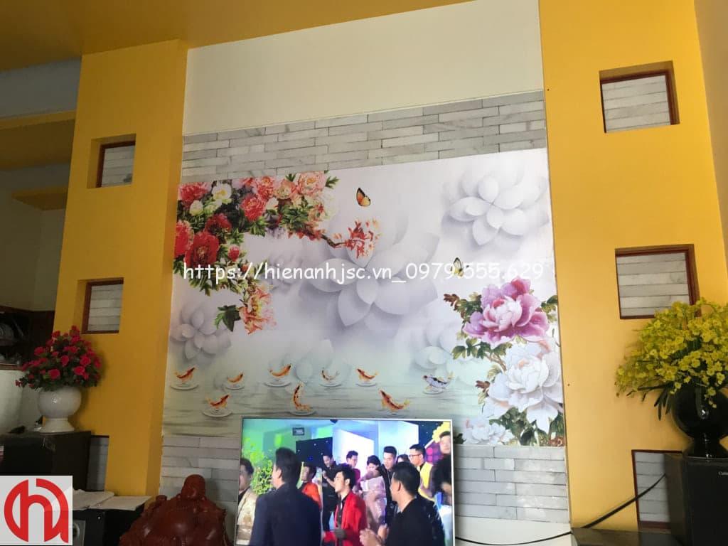 Tranh hoa dán phòng khách cho a Túy tại Mê Linh